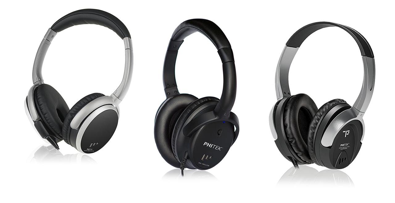 headphones-wall-landing-dubaimachines